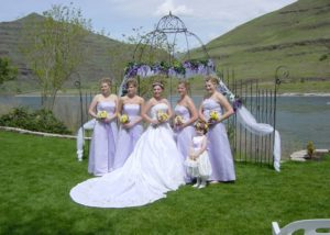 Wedding at Hells Canyon Resort
